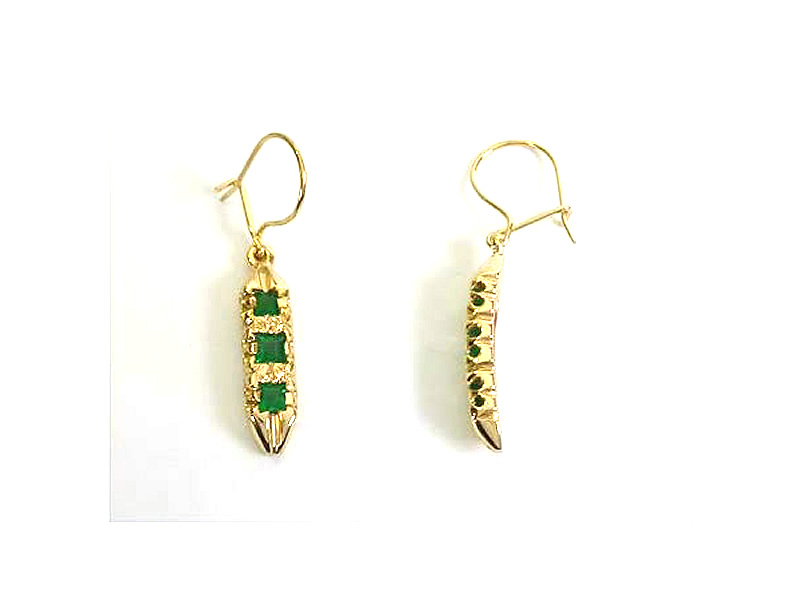9CT GOLD, SQUARE EMERALD, ANTIQUE STYLE DROP EARRINGS