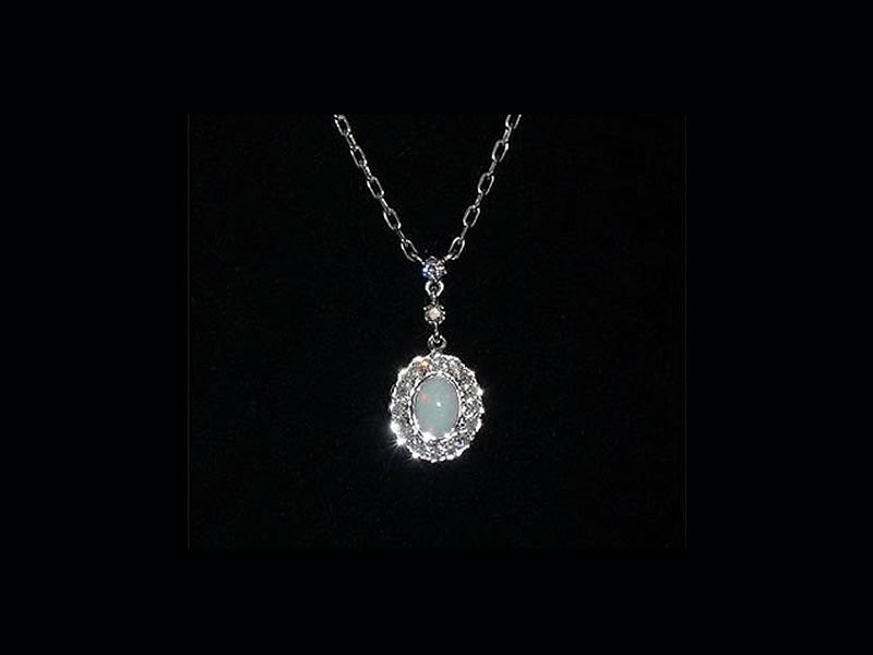 9CT WHITE GOLD, 7X5mm OPAL &  .46CTS DIAMOND, WEDDING NECKLACE