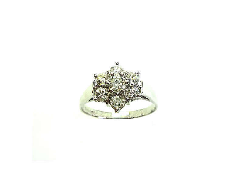 18CT WHITE GOLD, DIAMOND SET, CLUSTER RING (2.2)