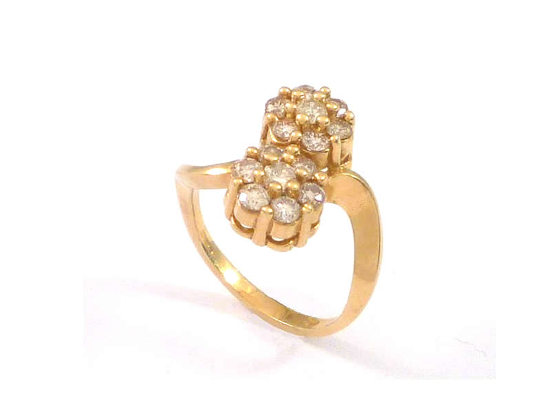 18CT YELLOW GOLD, DIAMOND CLUSTER CROSSOVER RING (1)