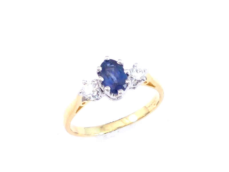 9CT WHITE AND YELLOW GOLD, SAPPHIRE & DIAMOND THREE STONE RING (1)